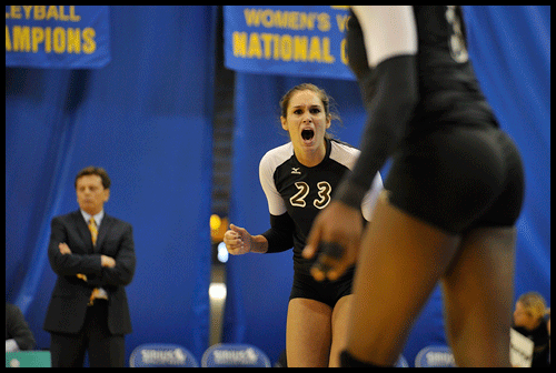 35281-20091204-PS05-LBSUVOLLEY11-JG.png