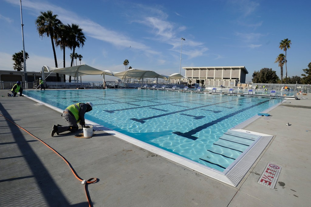 Long Beach What S Up With The Belmont Plaza Olympic Pool Replacement